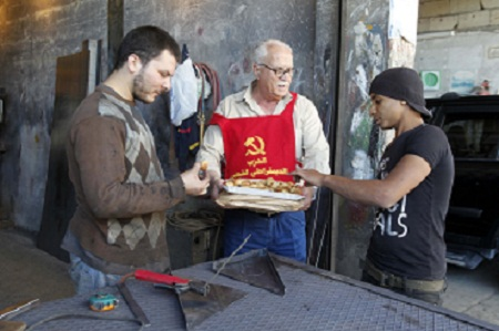 الحزب الديمقراطي الشعبي يعايد عمال المدينة الصناعية في صيدا